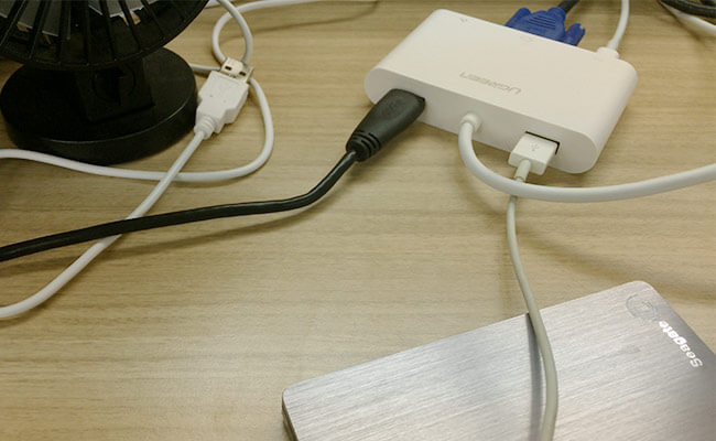 Ugreen USB-C PD VGA マルチアダプター USB周辺機器を接続