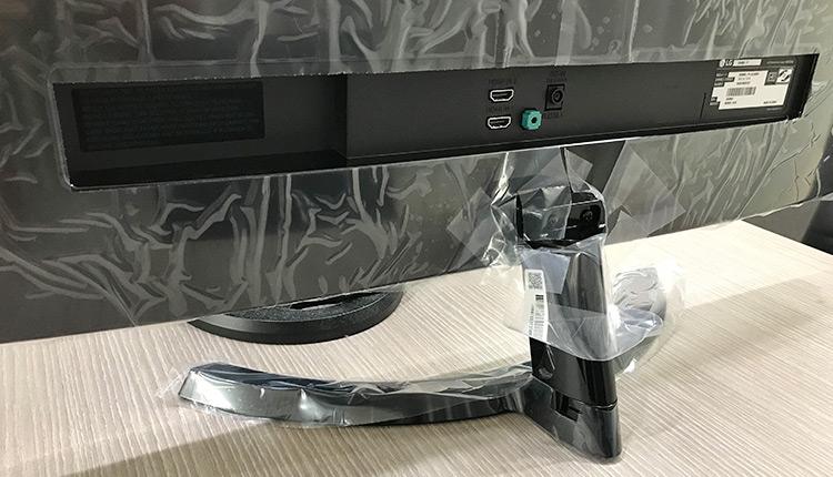 LGモニター 29UM59-P フィルムでしっかり傷防止